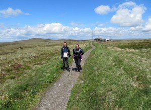 Trekking to the Cat and Fiddle pub