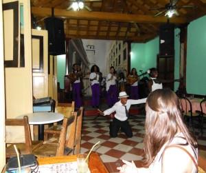 Santiago music and dancing