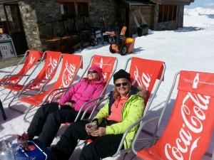 Friends Ski-Ing