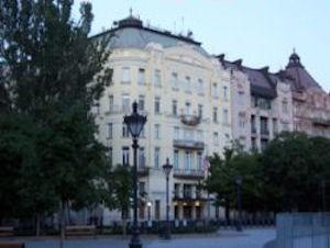 Budapest_U_S__embassy
