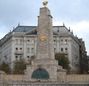sov_monument