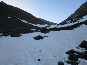 uphill_snow