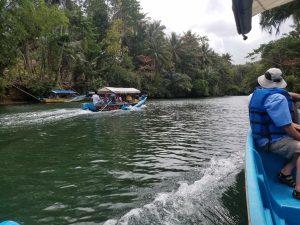 green_boat1
